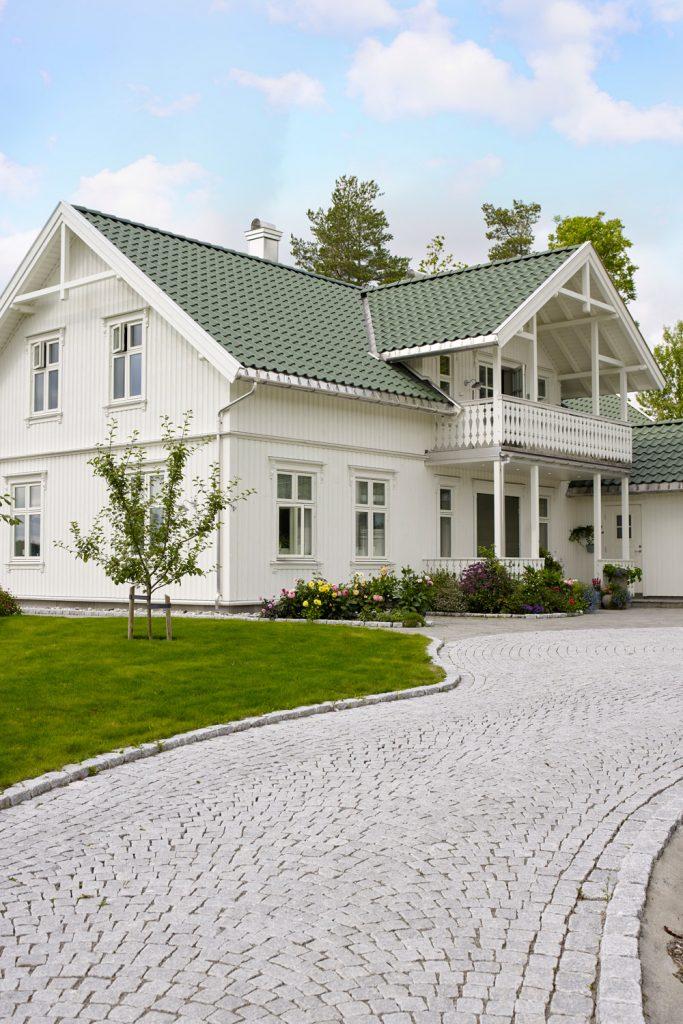 Jotun-Vestfold-august-1720858-2-683x1024